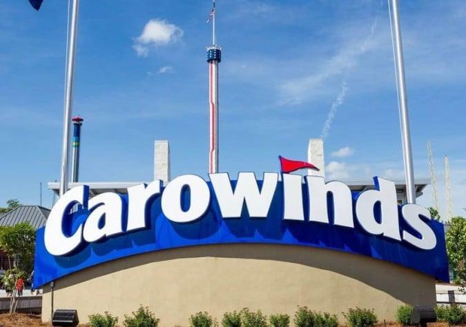 Aumentan salarios para trabajadores de Carowinds a $15 por hora