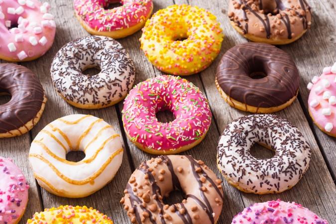 Krispy Kreme ofrece docena de donas gratis a los graduados