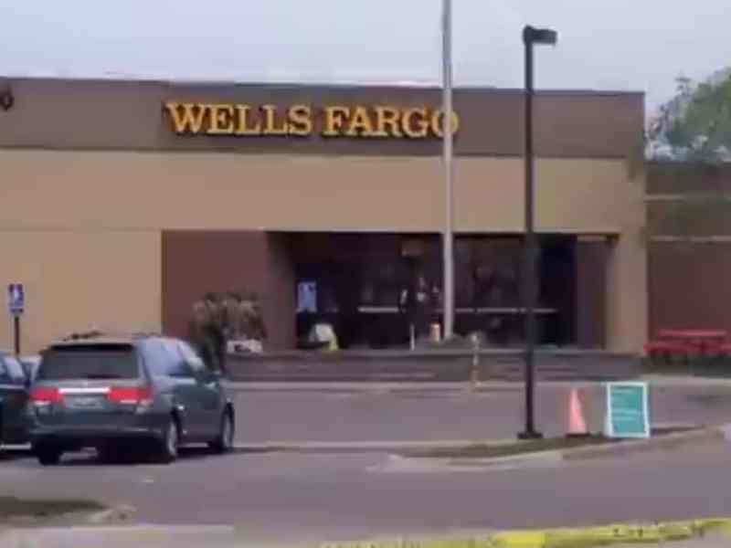 Liberan rehenes de Wells Fargo en Minneapolis