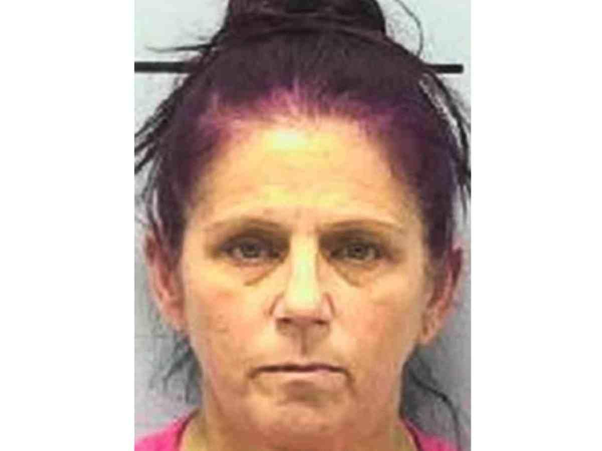 Mujer arrestada Burke