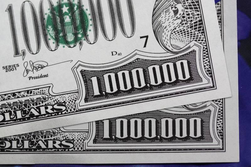 ohio-ganadores-1-millon-de-dolares-y-beca-por-vacunarse