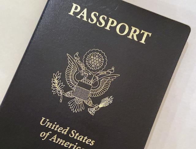¿Tu pasaporte expiró? Aún puedes regresar al país si eres ciudadano
