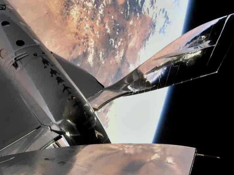 Virgin Galactic hace su tercer vuelo espacial privado con éxito