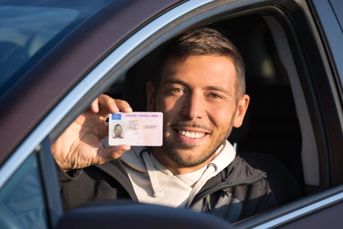 DMV: prepárese para largas filas este verano