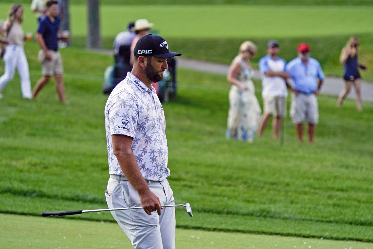 Golfista español Jon Rahm da positivo a COVID-19
