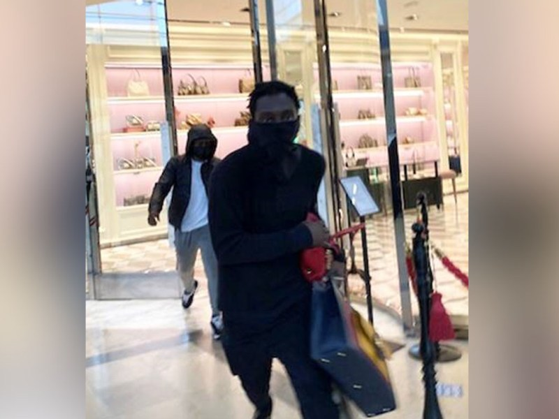 Roban $16 mil en carteras del SouthPark Mall