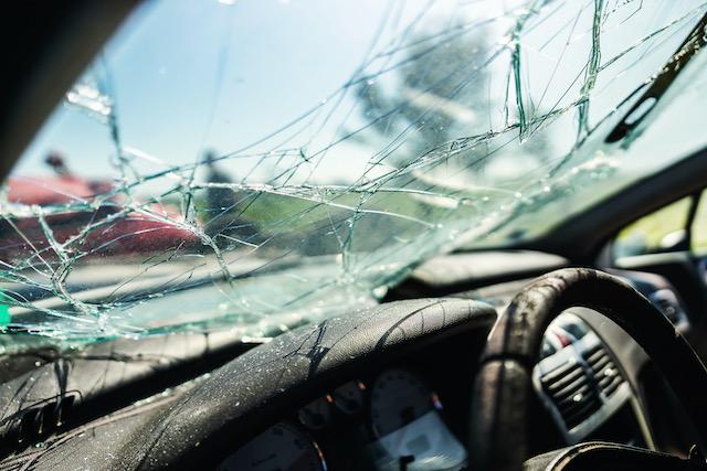 Alcohol y velocidad causa de accidente que mató a 2 en Garner