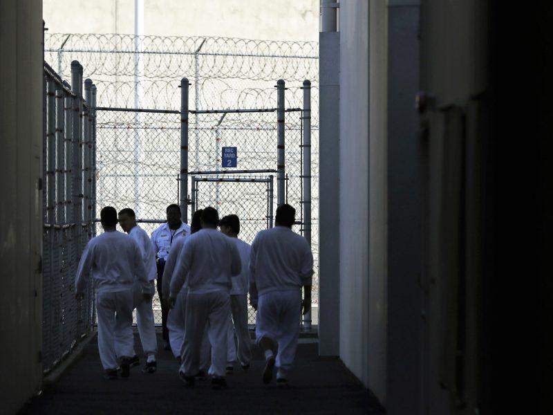 jurado-debate-imponer-salario-minimo-para-migrantes-detenidos