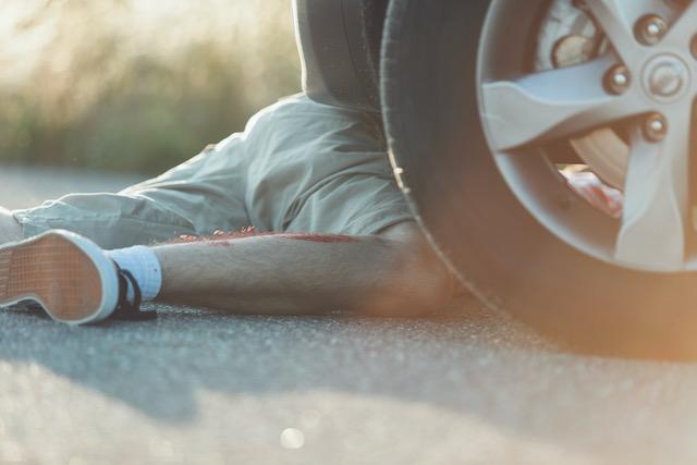 Mujer arrestada por atropellar y huir en accidente que mató a adolescente de 13 años