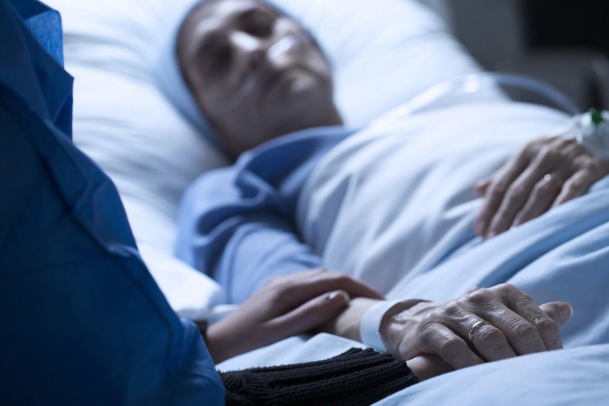 Más de 1,000 casos de hepatitis A y 16 muertes en Carolina del Norte