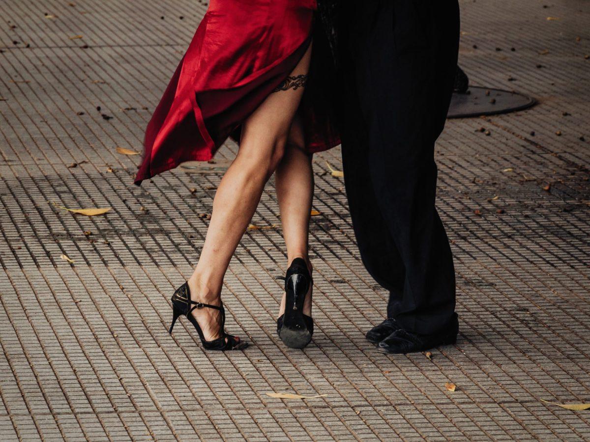 La serie de conciertos Creative Greensboro's Music for a Sunday Evening in the Park (MUSEP) reanudará en vivo con tango y otros generos.