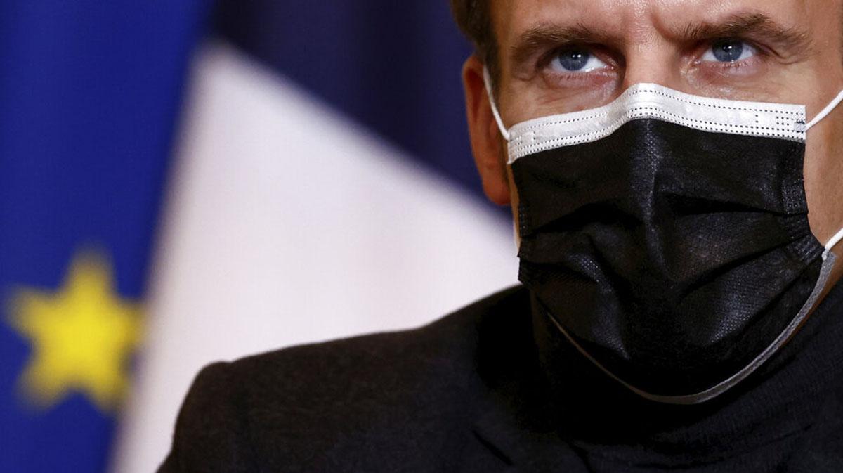 Presidente de Francia se suma a posibles mandatarios espiados