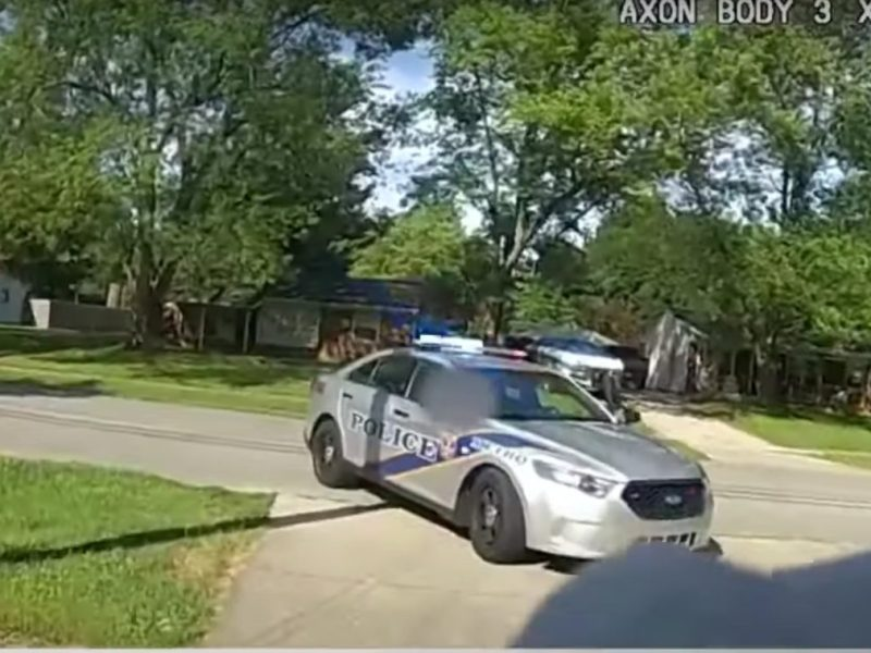video policía niña secuestrada