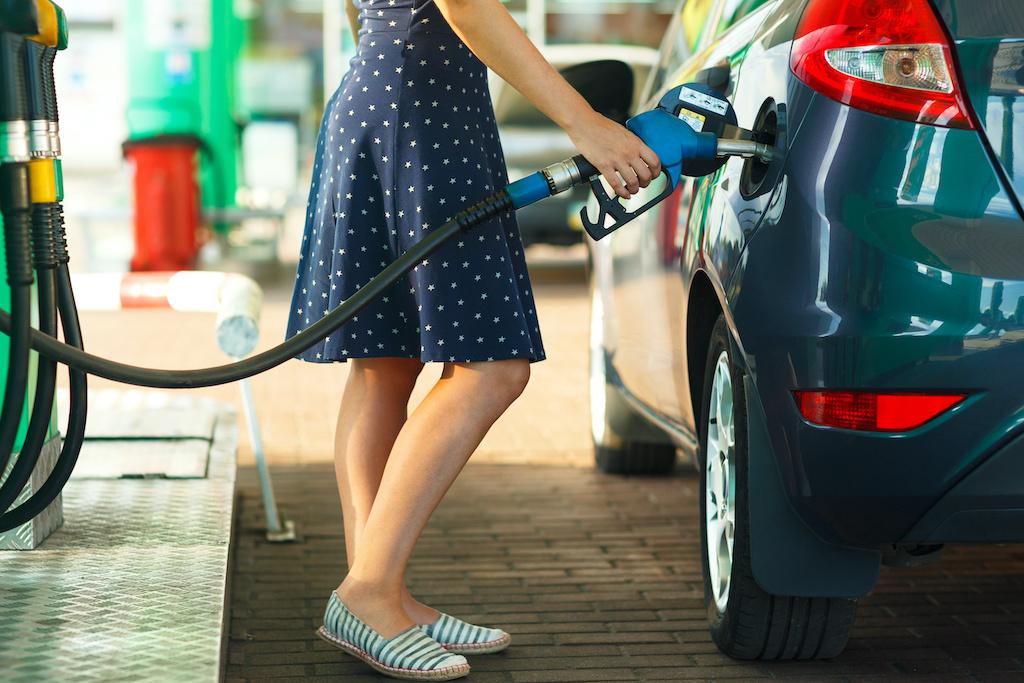 Ida paraliza producción petrolera en Golfo de México ¿subirá precio de la gasolina?