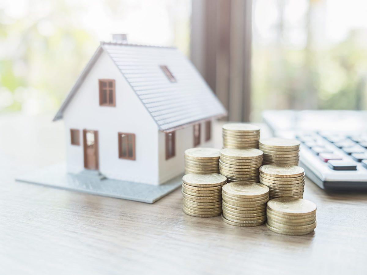 Encuentra ayuda financiera para la vivienda con esta herramienta gratuita en español. © PIC SNIPE / Adobe Stock