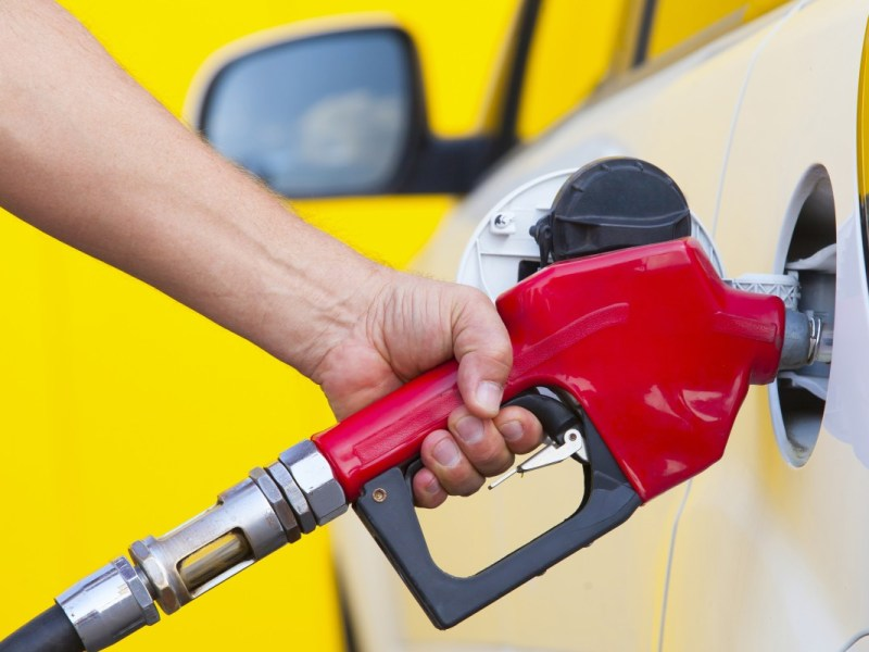 Gasolinera de Charlotte demandada por aumento excesivo del precio de la gasolina