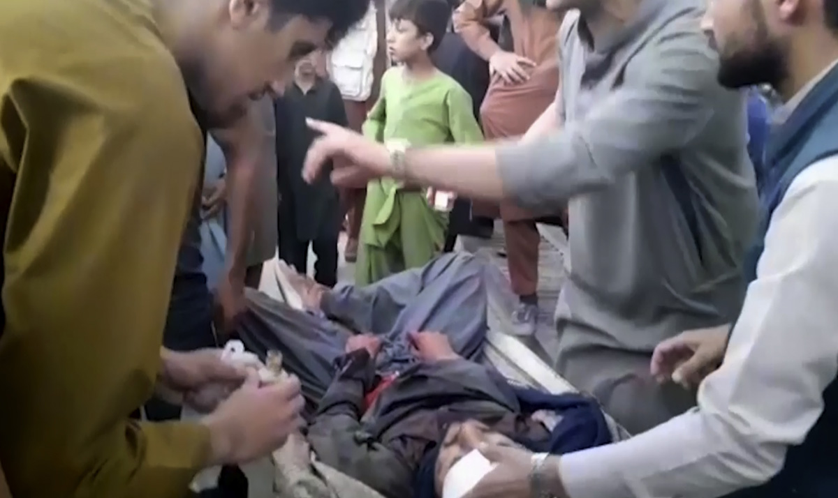 Kabul mueren 12 militares estadounidenses en ataques suicidas de ISIS