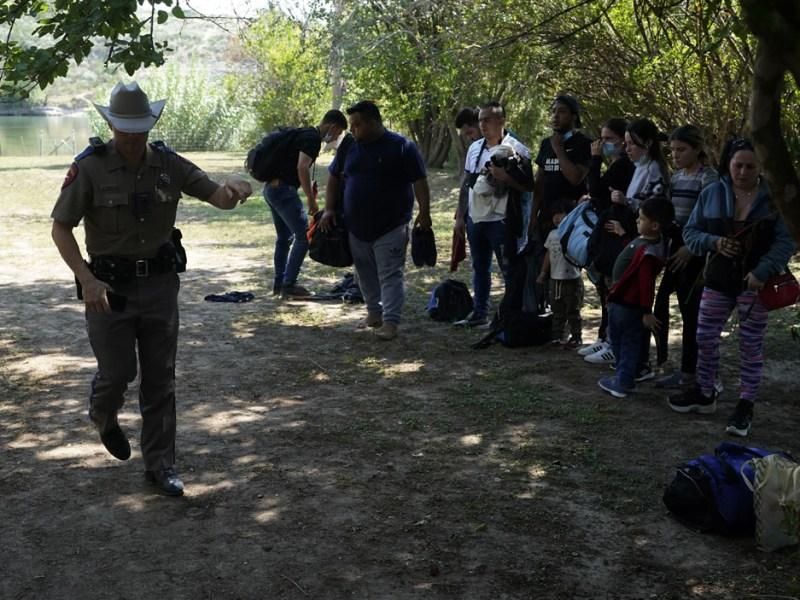 Sigue activa orden que permite rechazar asilos por pandemia