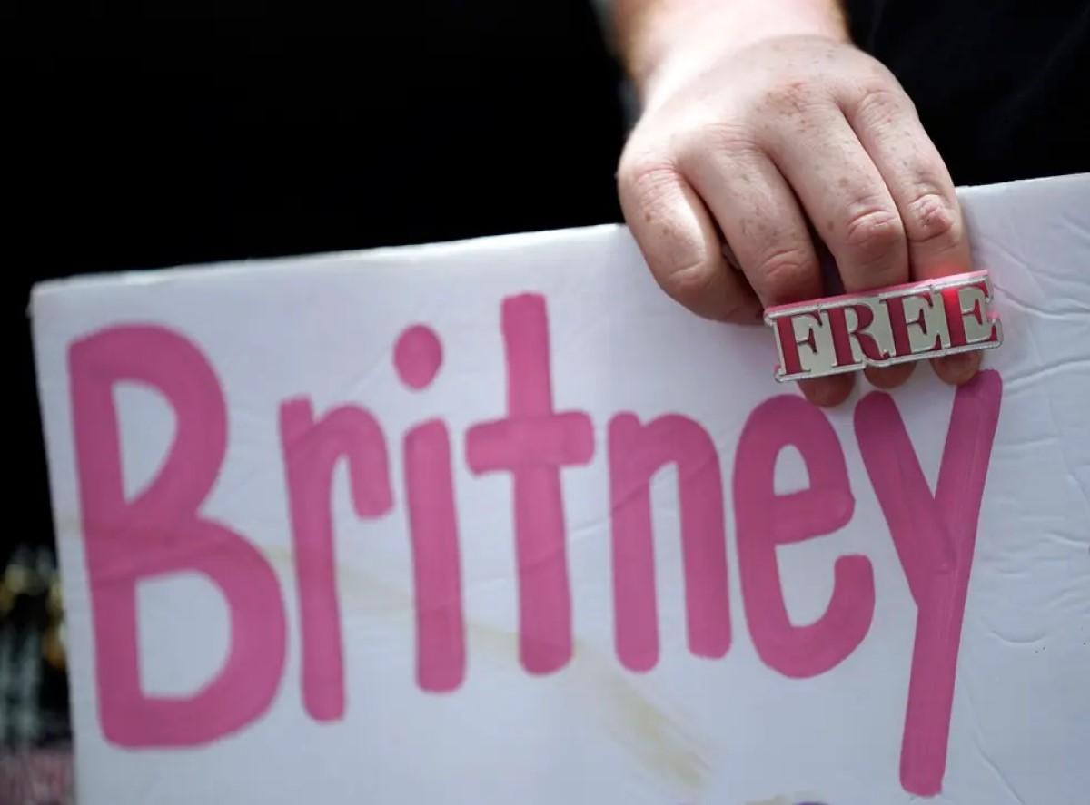 padre Britney Spears tutela