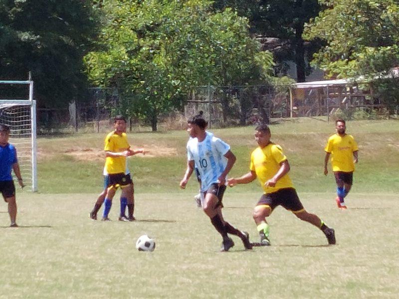 Al líder del torneo, MLS Sky, le quitan el invicto al enfrentarse al Alianza (Foto: Marcos Andón)