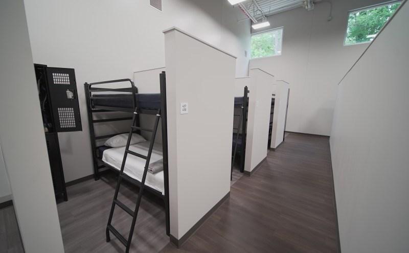 El nuevo refugio provee más privacidad y tendrá una cocina de servicio completo. Foto Roof Above