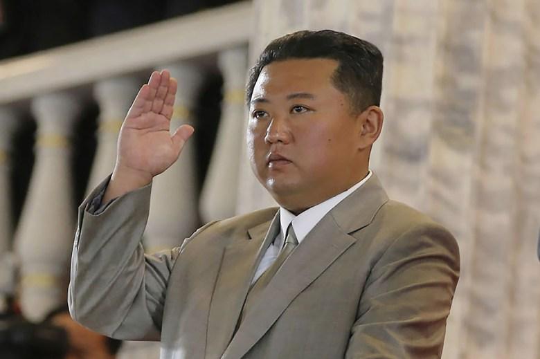 Seúl: Corea del Norte disparó dos misiles desde sus costas