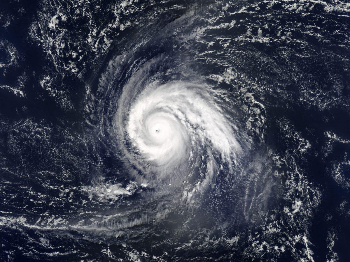 trayectoria-del-huracan-sam-de-categoria-4