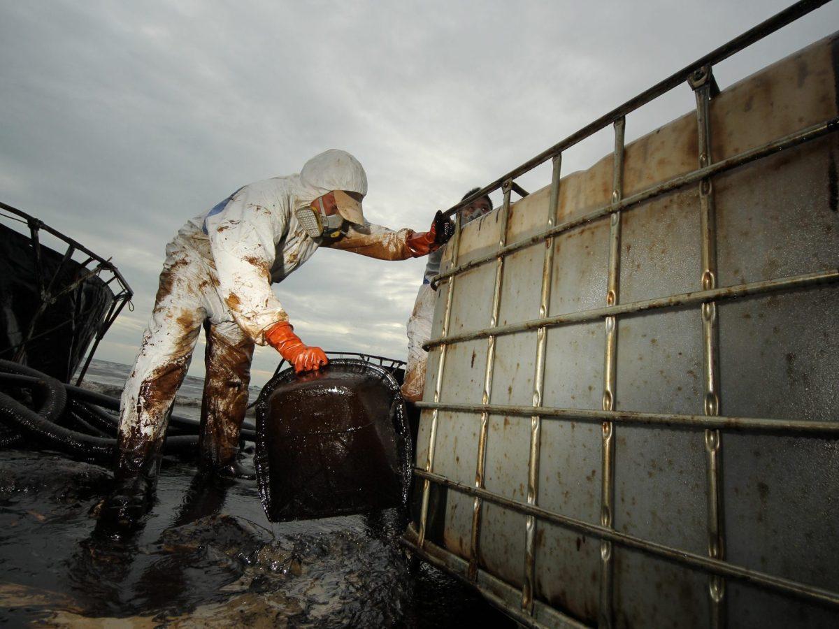 derrame petróleo california