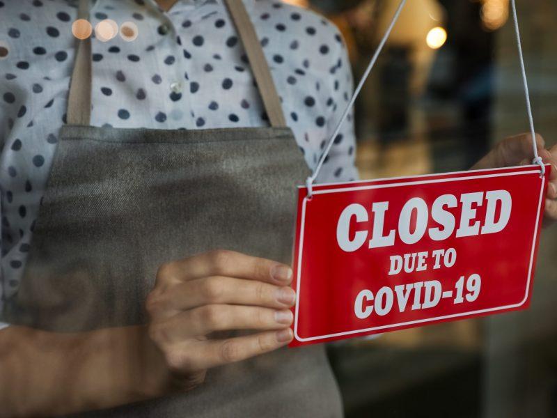 Pequeños negocios de Buncombe impactados por COVID-19 pueden recibir subvenciones. Las solicitudes serán aceptadas hasta finales de octubre. © New Africa / Adobe Stock
