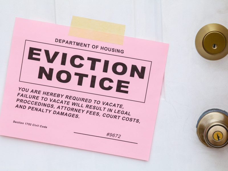 Puede ser desalojado legalmente por el dueño de casa por estas razones en Carolina del Norte. © pixelrobot / Adobe Stock
