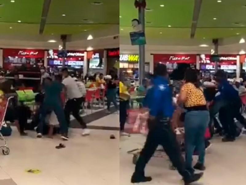 Batalla campal latinos centro comercial