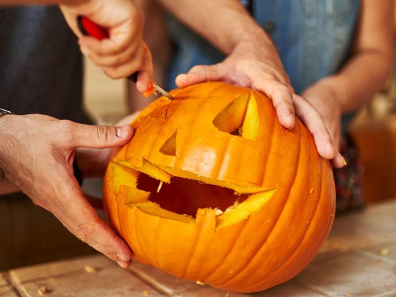 Ciudad en Nueva Jersey se prepara para concurso de Halloween