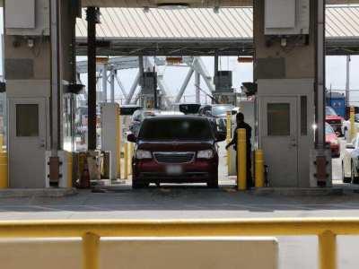 Dos puentes internacionales en Texas trabajarán 24 horas