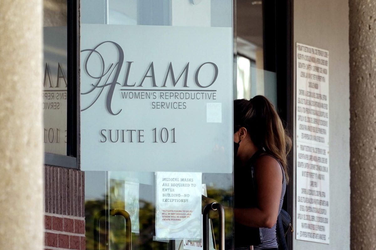 reanudan-abortos-en-clinicas-de-texas-tras-suspension-de-ley
