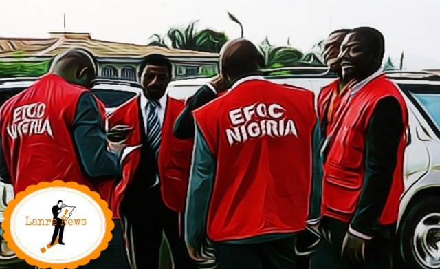 Ibadan: EFCC arrests 3 NYSC members, 19 undergraduates for alleged internet fraud