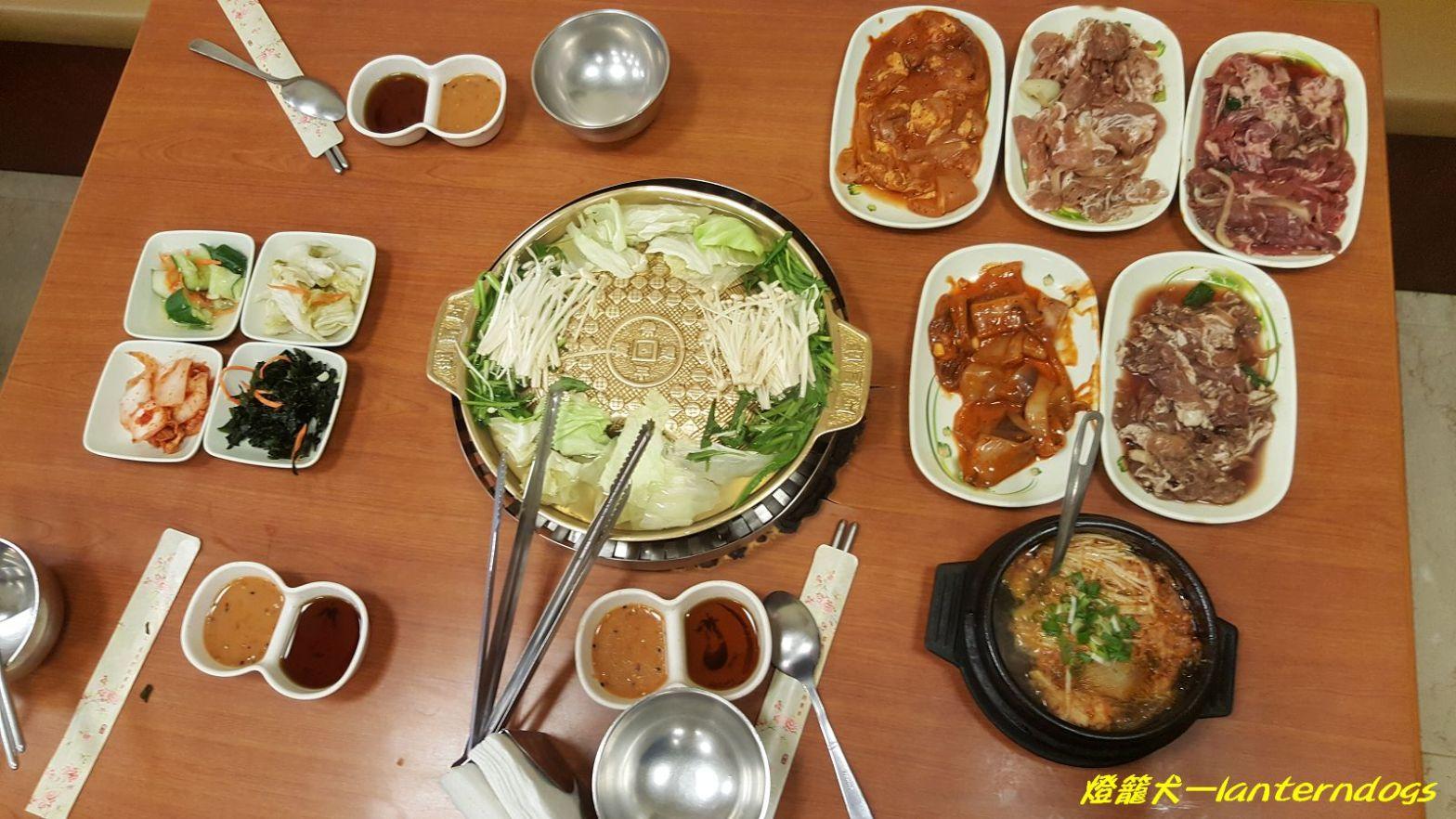 《臺中西區》 韓香亭韓國料理吃到飽 – 燈籠犬的平凡日常