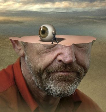 rostro-partido-con-ojo-encima-igor-morski-001