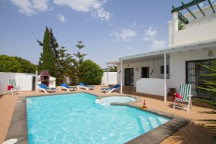 Villa Esmee Pool