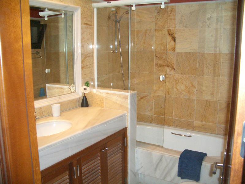 An Cala bathroom