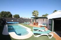 Casa Cat pool view