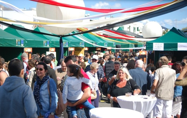 Cheese & wine stalls Feria Queso Playa Blanca