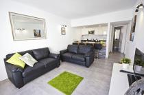 486 lounge 2