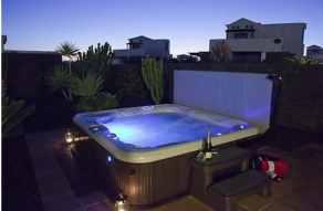 501 hot tub at night