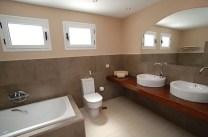 332 Bathroom 3