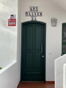 Oliver Entrance