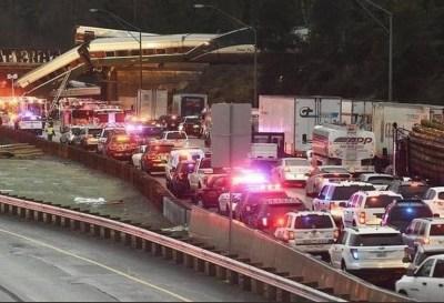 EE.UU: descarriló un tren sobre una autopista en cercanías de Seattle.
