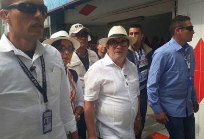 Severamente fustigado en las calles el candidato de las FARC