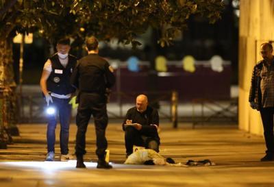 Detuvieron a un afgano por acuchillar a siete personas en París