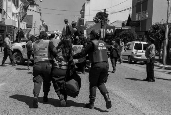 crece-la-represion-policial-en-argentina-asesinaron-a-dos-militantes-sociales-y-reprimieron-a-manifestantes