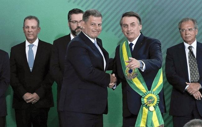 crisis-politica-en-brasil-luego-de-que-bolsonaro-echara-a-un-ministro-por-corrupcion